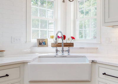 Kitchen Farm Sink in Maine Home